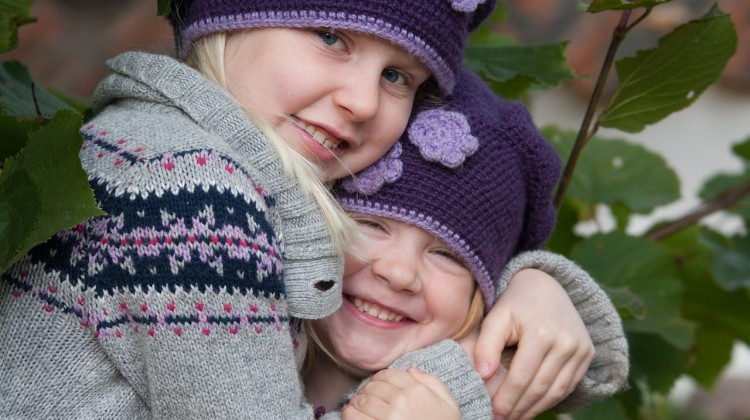 Simple ideas for parents on teaching siblings to get along
